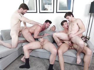 гей порно рука в жопе
